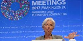 Dans une bonne logique keynésienne, c'est quand cela va bien qu'il faut en profiter pour réformer, réduire la dette et les déficits, mener une politique favorable à l'investissement. Parce que, dès que cela va plus mal, on ne peut plus rien faire.  (En photo, Christine Lagarde, directrice générale du FMI lors de la présentation de ses prévisions, le 12 octobre à Washington).