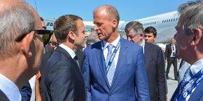 Emmanuel Macron et Tom Enders lors du  salon aéronautique du Bourget en juin 2017