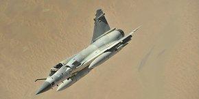 Le Mirage 2000-9, qui est un avion de combat polyvalent (air-air et air-sol), a été commandé par les seuls Emiriens