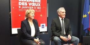 Sophie Salelles et Philippe Saurel affichent leur unité, le 4 janvier à l'Hôtel de Ville de Montpellier
