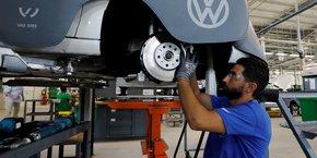 Quelque 161 900 unités -dont 108 000 destinées à l'exportation- devront sortir cette année de la ligne de production de l'usine Volkswagen d'Afrique du Sud.