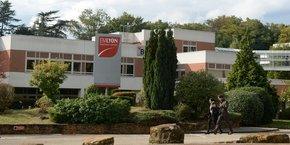 L'actuel campus d'emlyon, à Ecully (Rhône).