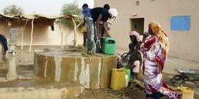 75% des Maliens vivent aujourd'hui en milieu rural et s'alimentent en eau potable au moyen de pompes à motricité humaine.