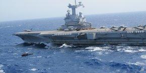 Fantômas, sous les traits de Jean Marais, volait déjà en Alouette, un hélicoptère toujours en service dans la marine ! (chef d'état-major de la marine Christophe Prazuck)