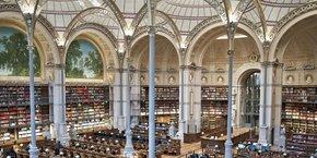 i2S s'est fait un nom sur le marché international de la numérisation des  bibliothèques (ici la Bibliothèque Nationale de France).