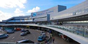 Il n'y aura pas de gel des actifs des actionnaires chinois dans l'aéroport de Toulouse-Blagnac.