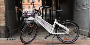 Un millier de vélos similaires va être déployé dans le centre-ville de Toulouse dans les prochains jours.