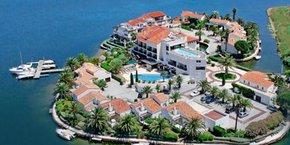 L'hôtel L'ïle de la lagune, à Saint-Cyprien (66), devient Les Bulles de mer.