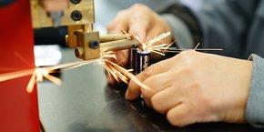 APF 34 veut développer des batteries, qui pourraient offrir une assistance électrique aux fauteuils roulants manuels.