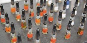 La filière de la cigarette électronique représente 14.000 emplois directs ou indirects en France, selon la Fivape.