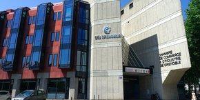 Les locaux actuels de la CCI de Grenoble, situés dans le quartier Hoche.