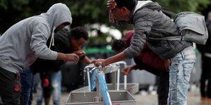 Un projet de loi asile et immigration durci adopte au senat