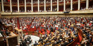 Vers une delegation parlementaire a la securite economique