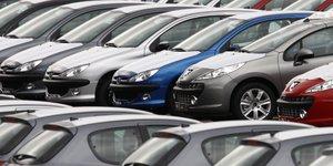 automobile, immatriculations, marché, secteur, parking, stock, vente, flotte, voiture,