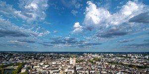 Pays de la Loire, métropole, régions