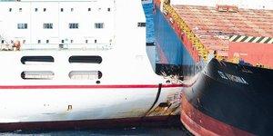Collision ferry transport maritime tunisie
