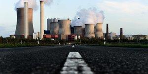 La centrale au lignite de Niederaussem (Allemagne)