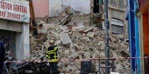 Marseille: premiers retours apres l'effondrement d'immeubles