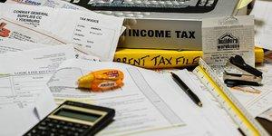 taxes impôts budget concept revenus