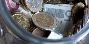 monnaie, euros, tirelire, billets, pièces