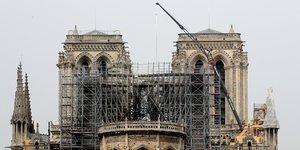 Notre-dame: europe echafaudage exclut les hypotheses du megot et des ascenseurs