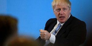 Boris johnson ne se souvient pas d'avoir insulte les francais
