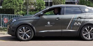 SUV Peugeot 3008 autonome