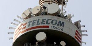 Telecom italia reduit un peu sa dette et confirme ses objectifs