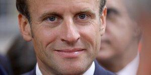 Macron motive les troupes larem pour une rentree perilleuse