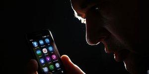 Mobile, smartphone, téléphone,