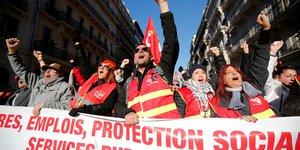 Retraites: l'intersyndicale appelle a la mobilisation les 12 et 17 decembre
