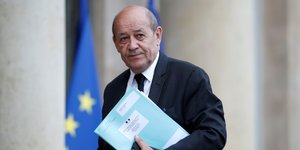 L'ue doit s'interroger sur le role de l'iran en syrie, dit le drian
