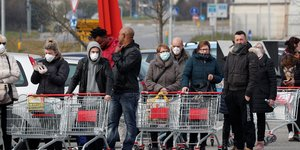 Coronavirus: l'italie s'efforce de contenir la virus avec trois deces