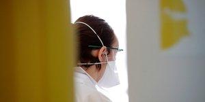 Coronavirus/france: le gouvernement teste des masques de protection alternatifs