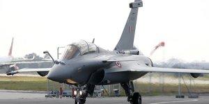 Les cinq premiers rafale acquis par l'inde ont decolle de merignac