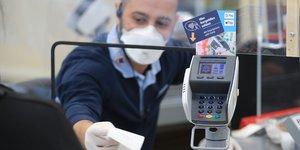 Allemagne, caisse, paiement, carte bancaire, covid, coronavirus, protection,