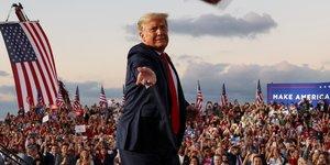Usa 2020: trump, en meeting, dit se sentir puissant apres sa guerison