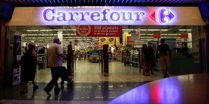 Carrefour prevoit de recruter 15.000 jeunes de la generation covid en france