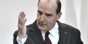 France: 20 departements sous surveillance renforcee face au coronavirus, dit castex