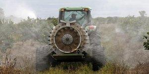 La france vise une reduction de l'usage des pesticides de 50% en dix ans