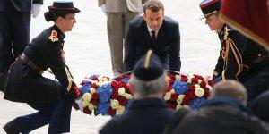 Macron aupres des soldats blesses a l'hopital percy