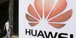 Huawei reduit l'ecart avec apple et samsung dans les smartphones