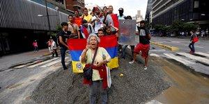 En greve, l'opposition espere bloquer le venezuela