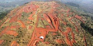 simandou mine fer Guinée Rio Tinto