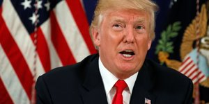 Trump previent pyongyang que les armes us sont pretes a l'emploi