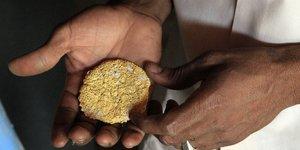 minerais d'or or gold métal jaune