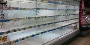 rayons vide supermarché marché pénurie