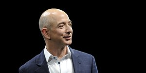 Jeff Bezos, Amazon, e-commerce, Internet