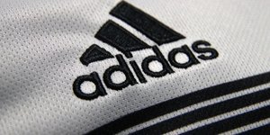 Adidas attend des ventes stables en europe au 2e trimestre