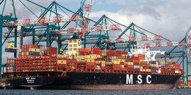 Les greves conduisent le transporteur maritime msc А eviter des ports francais